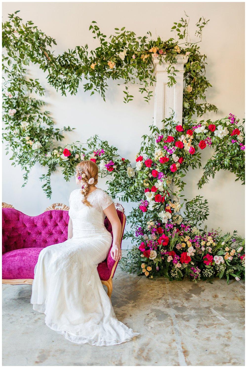 2020_Wedding_Trends_Pantone_0013.jpg