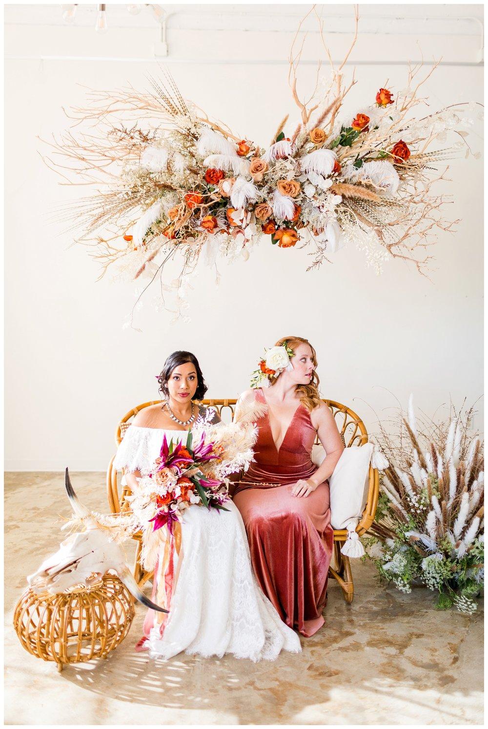 2020_Wedding_Trends_Pantone_0058.jpg