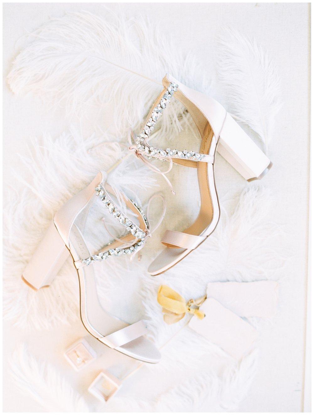 2020_Wedding_Trends_Pantone_0062.jpg