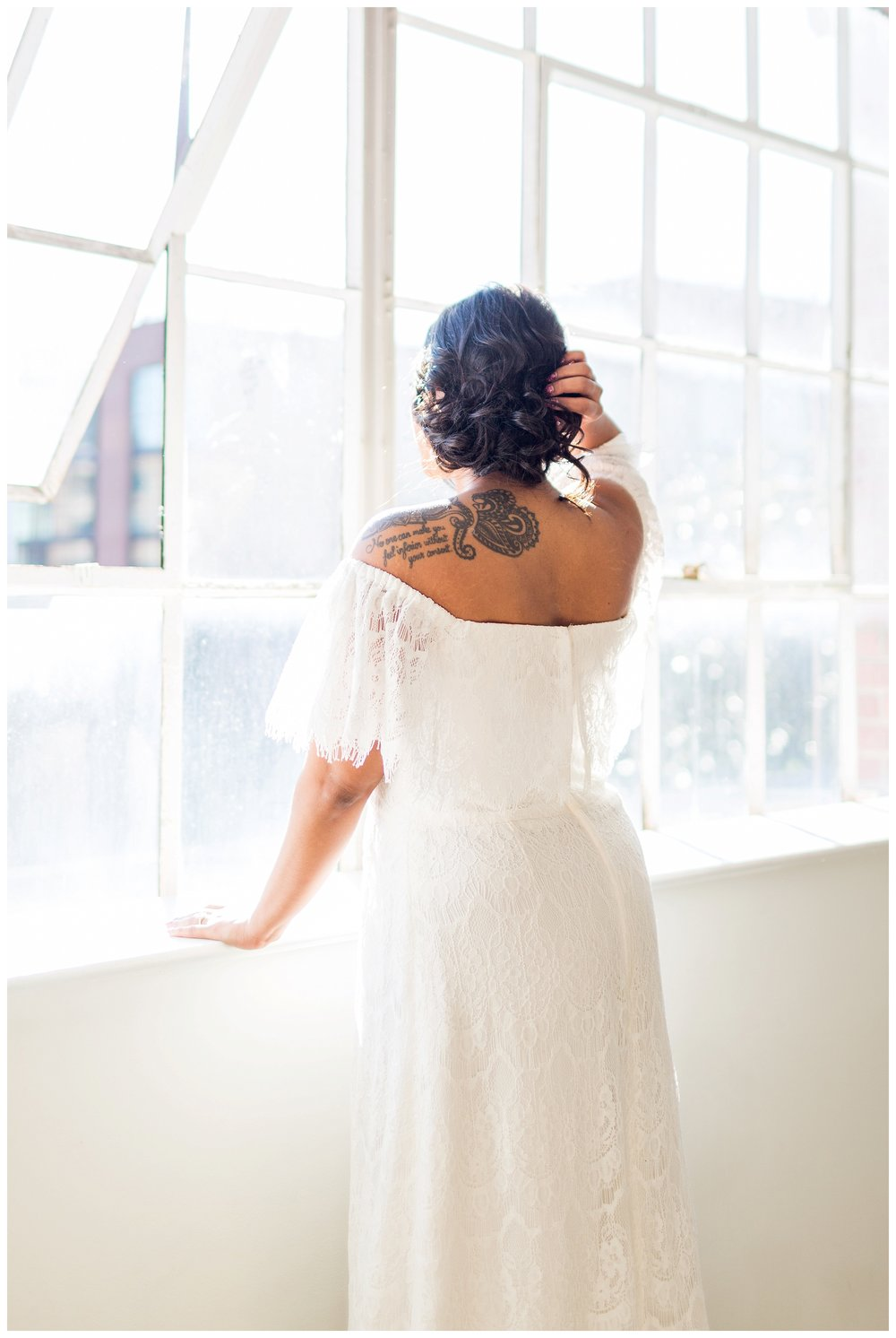 2020_Wedding_Trends_Pantone_0074.jpg
