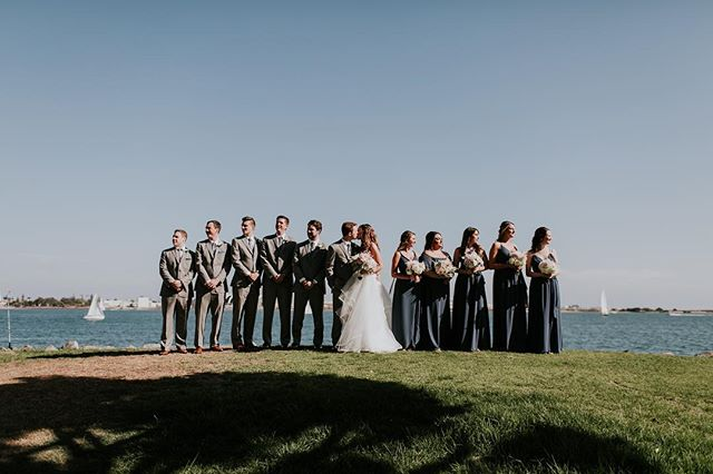 Even with super bright light and a popular park on a Sunday in San Diego, this wedding party just totally nailed it. ✨