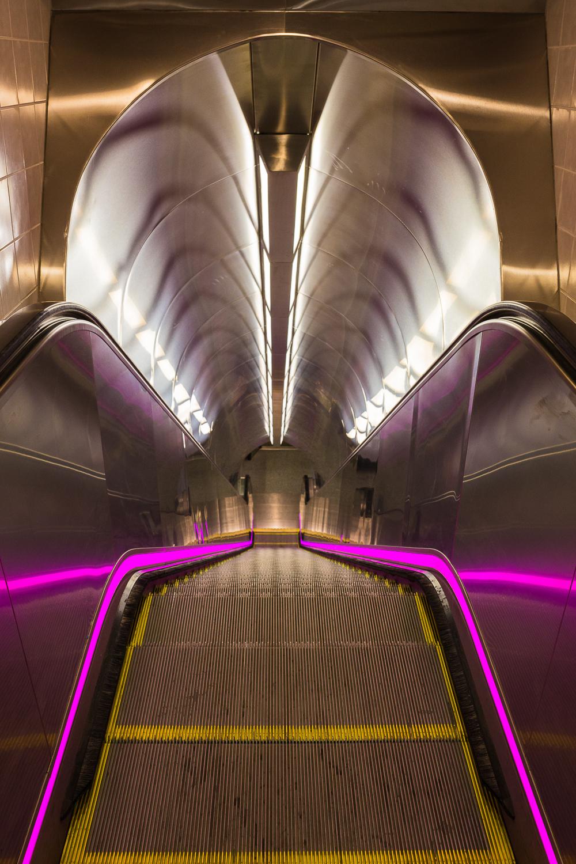 escalator, penn station_2015.jpg