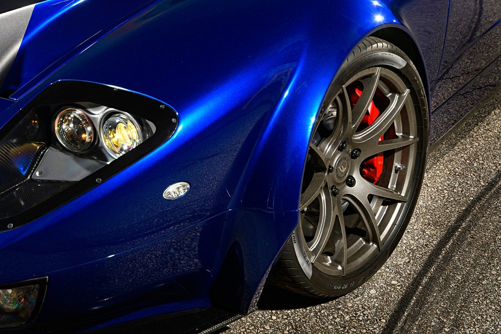 009-Superlite-GT-R-wheel.jpg