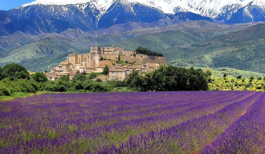 Provence-village-lo.jpg