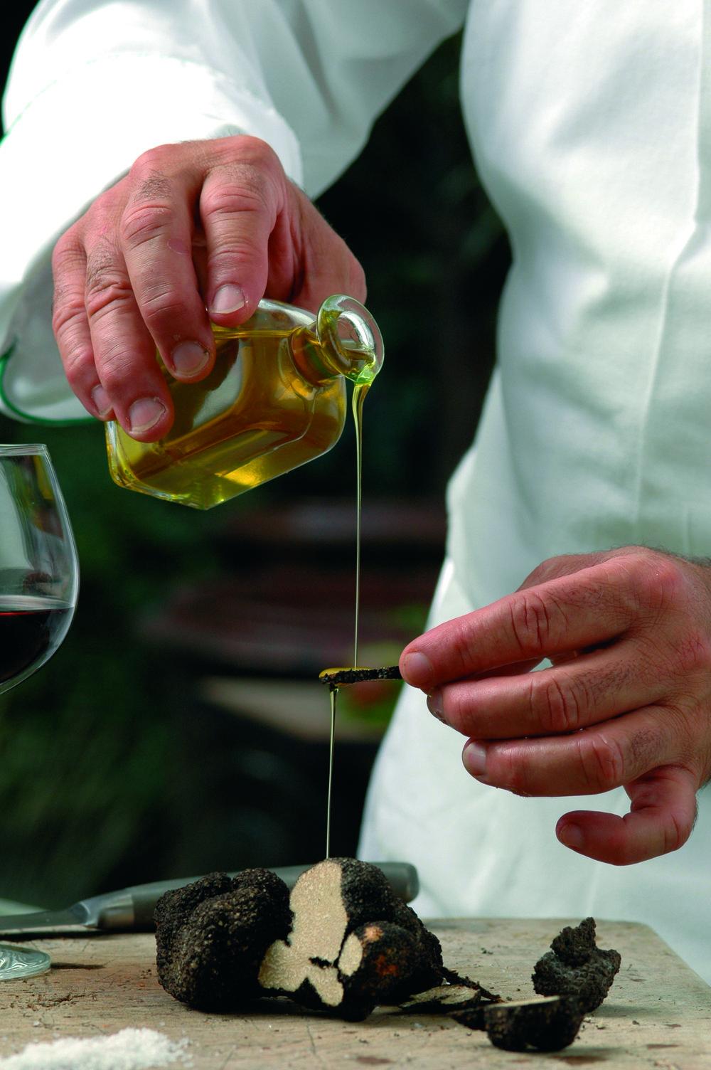 Truffe et huile - Truffle and oil.jpg
