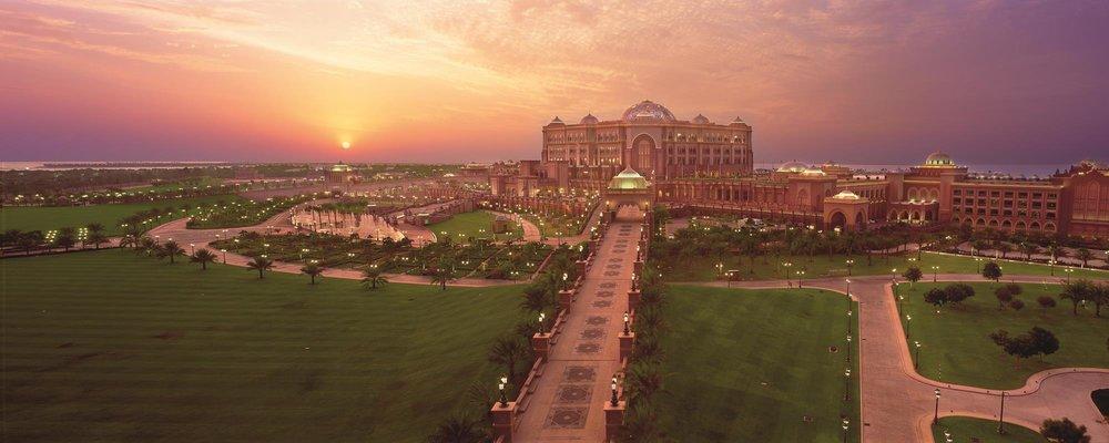 Emirates-Palace-Hero-01.jpg
