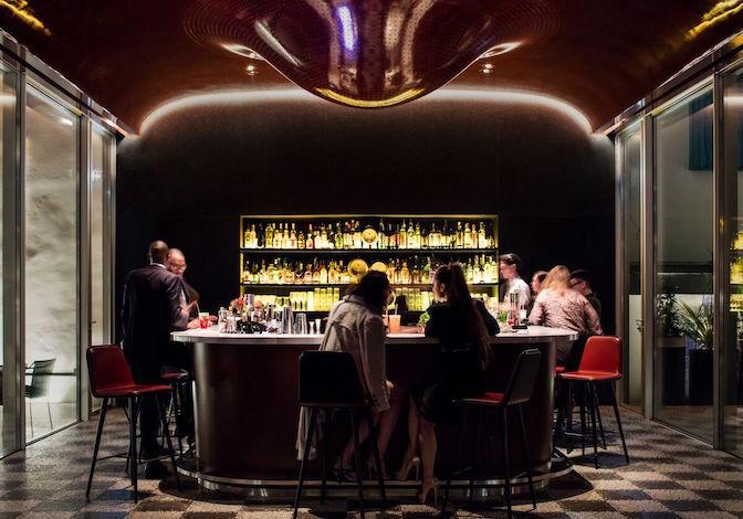 Bar at Les Bains