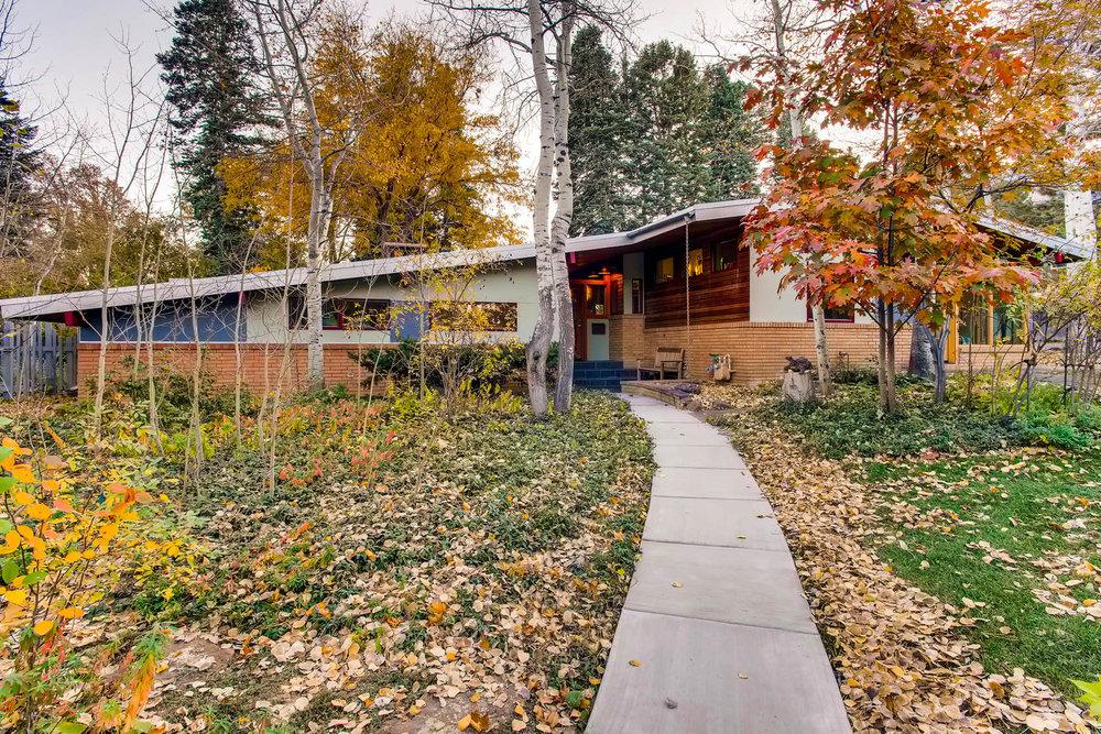 205 Camden pl Boulder CO 80302-large-002-1-Exterior Front-1500x1000-72dpi.jpg