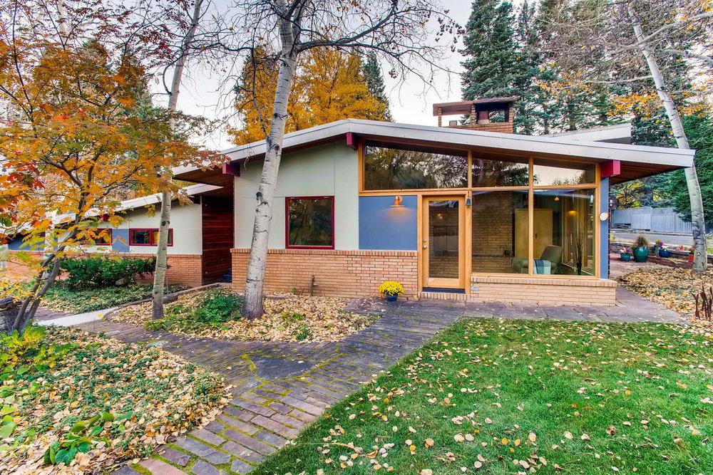 205 Camden pl Boulder CO 80302-large-003-11-Exterior Front-1500x1000-72dpi.jpg