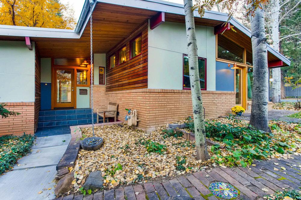 205 Camden pl Boulder CO 80302-large-006-2-Exterior Front Entry-1500x999-72dpi.jpg