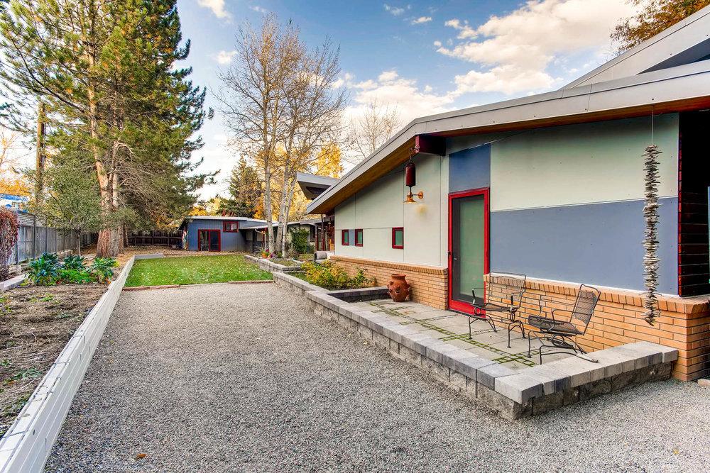 205 Camden pl Boulder CO 80302-large-008-8-Patio-1500x1000-72dpi.jpg