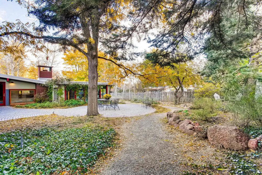 205 Camden pl Boulder CO 80302-large-020-20-Back Yard-1500x1000-72dpi.jpg