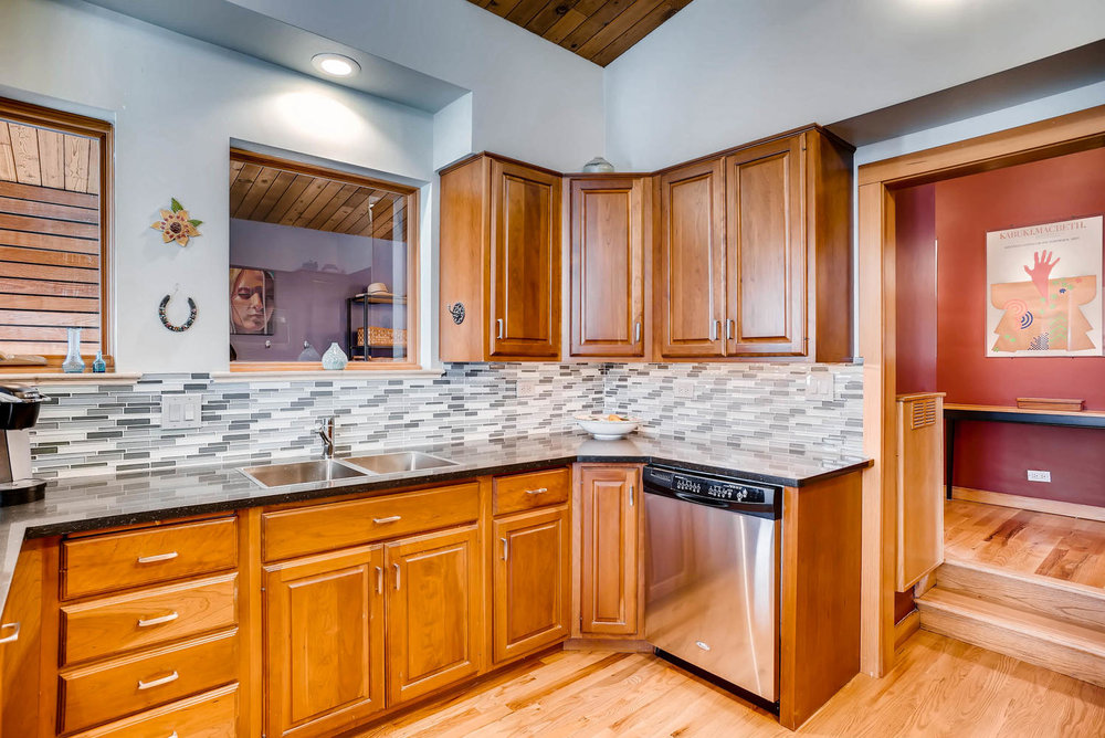 205 Camden Place Boulder CO-large-016-27-Kitchen-1498x1000-72dpi.jpg