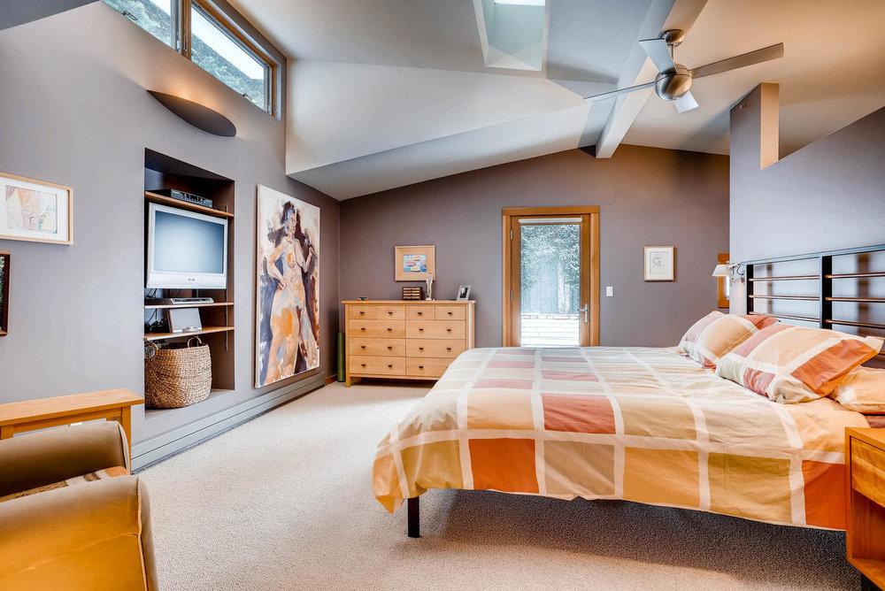 205 Camden Place Boulder CO-large-021-8-Master Bedroom-1498x1000-72dpi.jpg