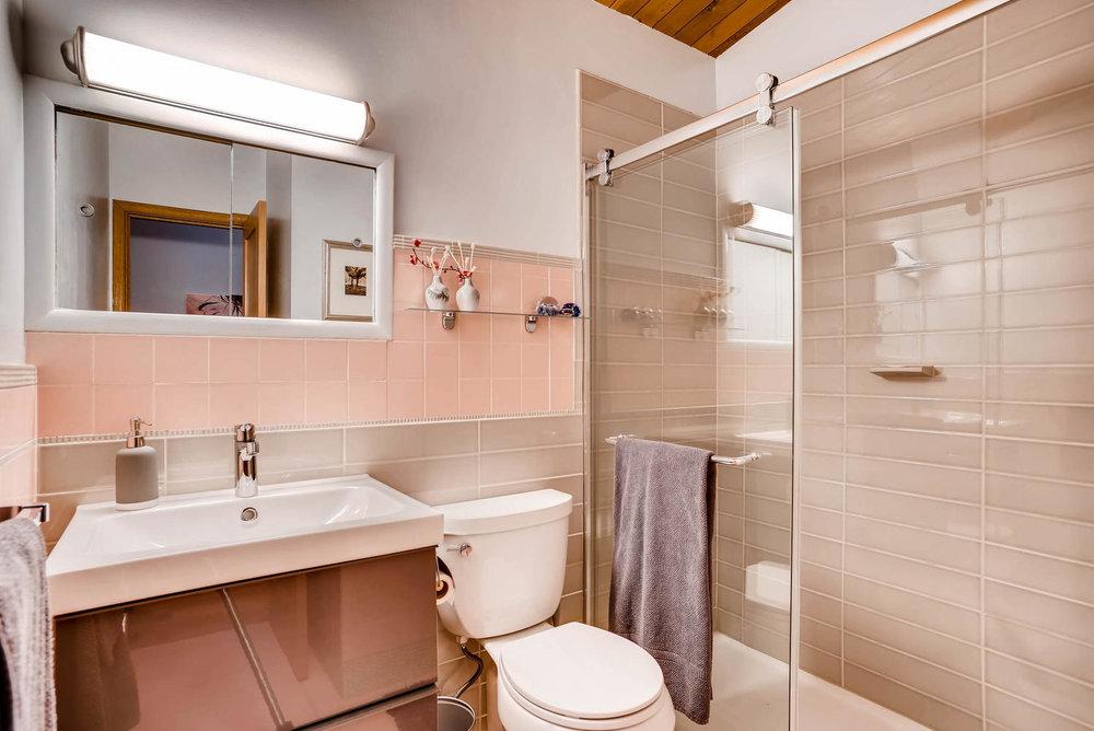 205 Camden Place Boulder CO-large-027-29-Bathroom-1498x1000-72dpi.jpg
