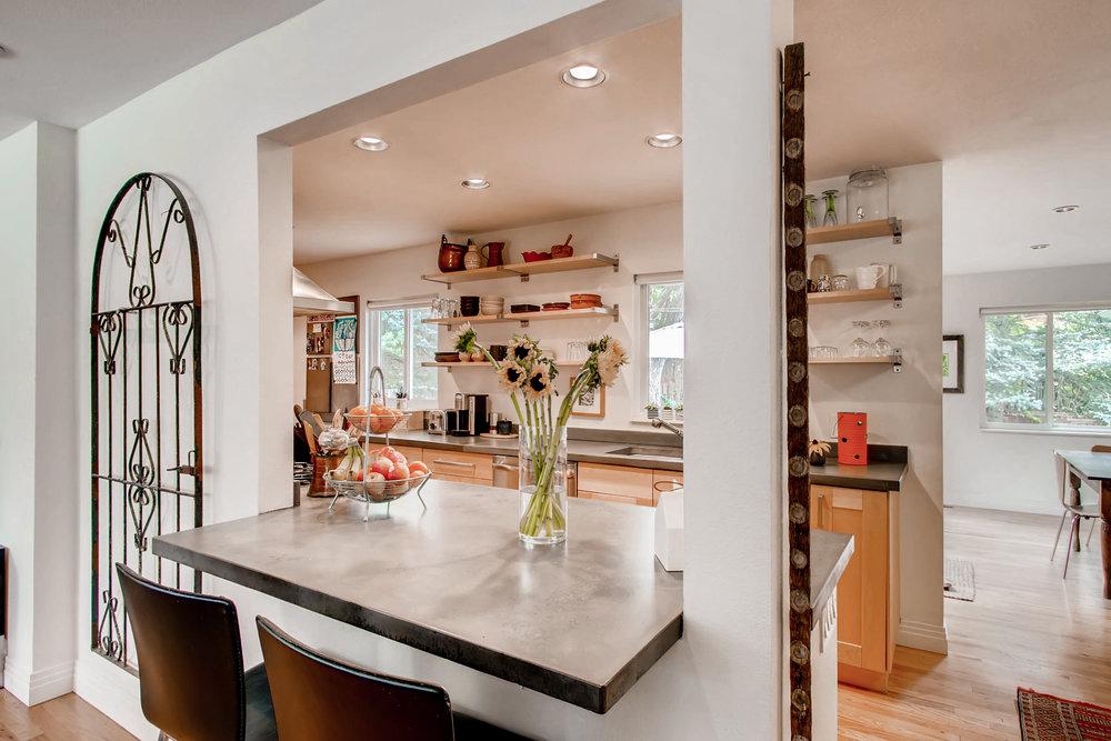 265 30th St Boulder CO 80305-print-008-5-Kitchen-3600x2400-300dpi.jpg