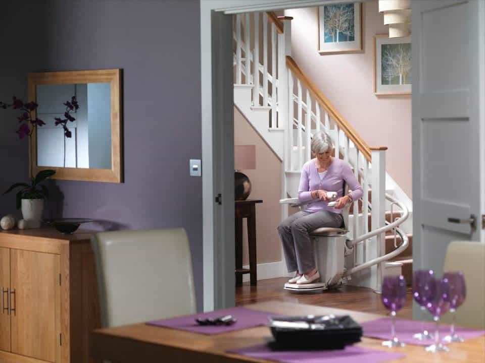 stannah_curved-stairlift