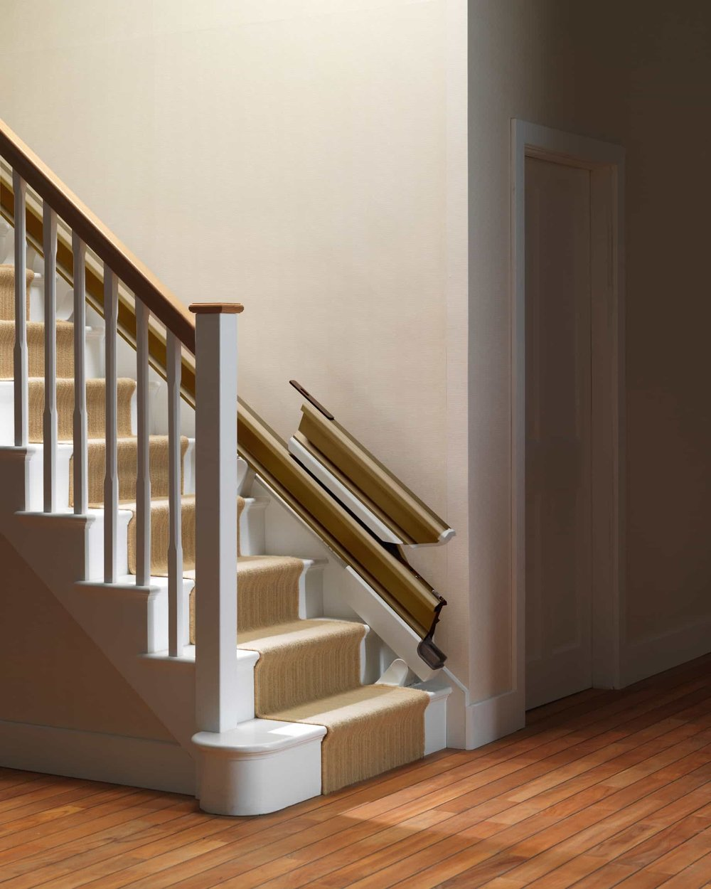 stannah_retractable_rail_stair_lift-min.jpg