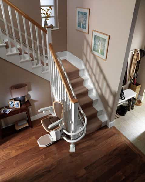 starla_curved_stair_lift_stannah-min.jpg