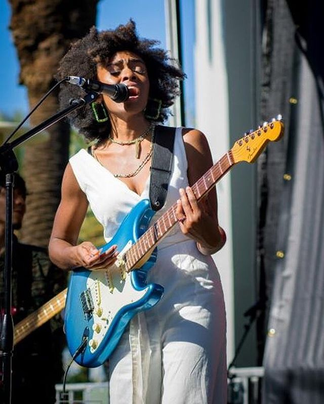 In my zone @thenammshow 😎🌟 📸 @maddenvisionphotography  Upcoming shows:  Jan.30 @marineroomtavern in Laguna Beach 🌊 9pm- 12am  Feb.1 - Lagunitas Brewery in Azusa CA ( 5-8pm) 💕✌🏾 . . . #namm #music #guitar #guitarist #anaheim #songwriter #melanin #bighair #afro #show #style #musician #groove #losangeles #hollywood #jamming #livemusic #indie #indiemusic #photography#fender