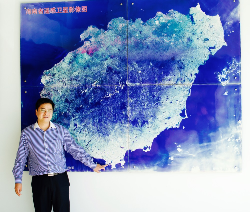 "Air pollution expert Junji ""Jeff"" CAO is Professor at the Institute of Earth Environment, member of the Chinese Academy of Sciences (CAS), and EP Science Advisor. Chinese Satellite Data Center, Wanning. December 2015"