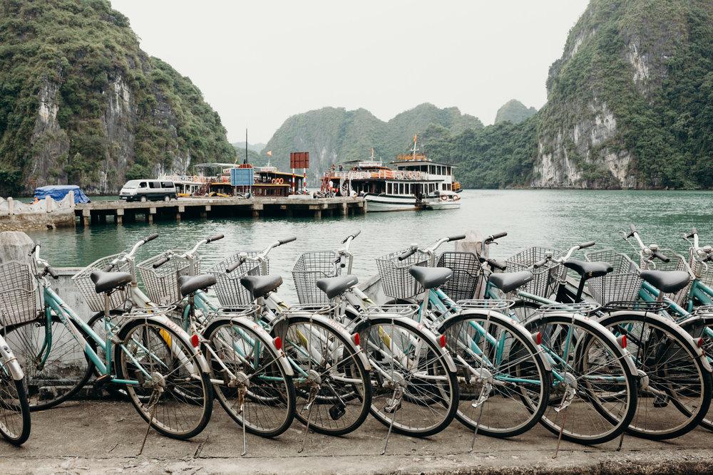 bikingtourhalongbay.jpg