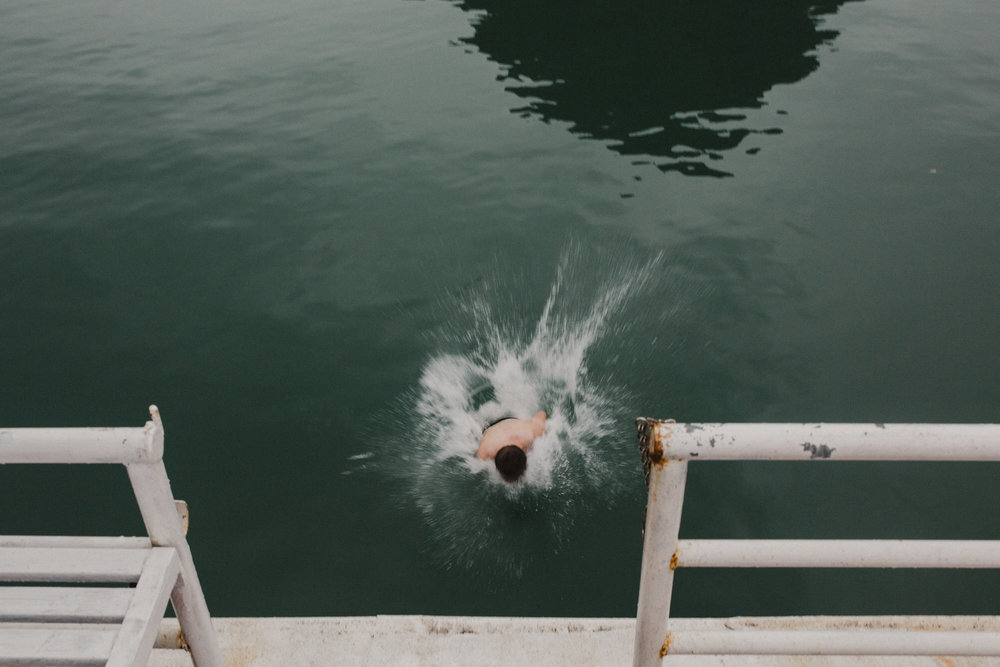 vietnamtravelblogswimming.jpg
