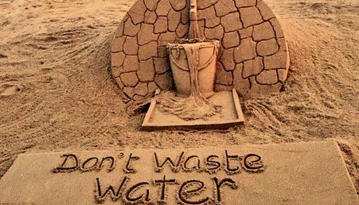 491845-sand-art-water.jpg