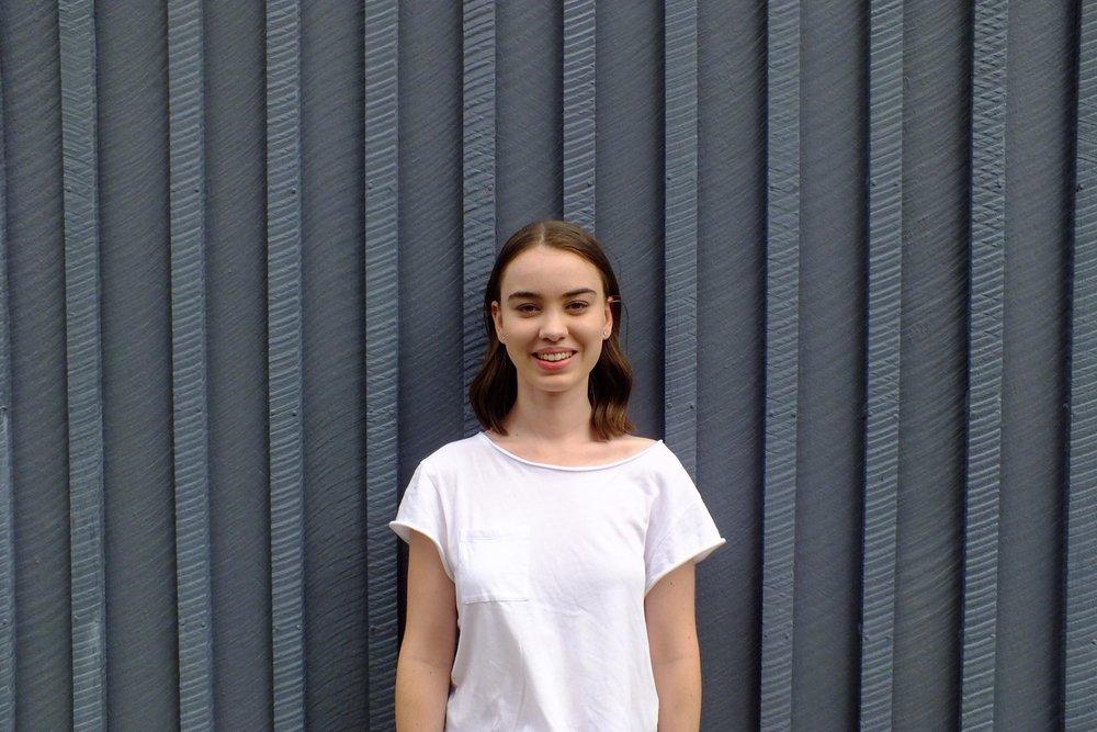 Emma Deacon.jpg