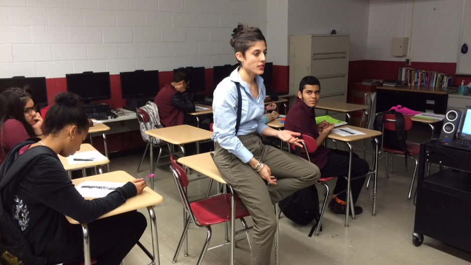 IntegrateNYC4me director and Bronx Academy of Letters teacher Sarah Camiscoli in the classroom