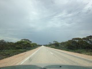 The Eyre Highway, Nearly at my destination