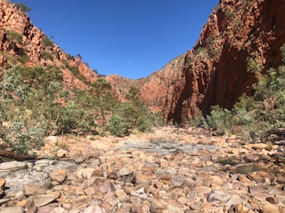 Ormiston Gorge from the end of the loop walk heading towards the waterhole