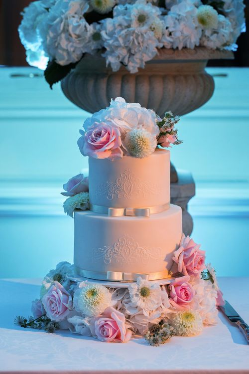 Wedding cake .jpeg