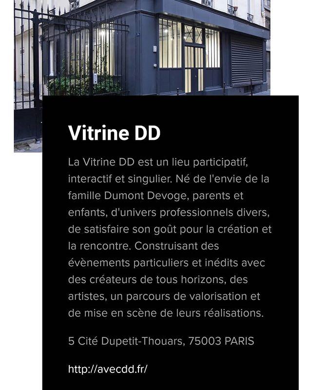 Présentation de la @vitrine_dd par les @lesjeudisarty dans la selection des nouveaux galeristes du marais. . . . . . #paris #galerie #artcontemporain  #showroom #artparis #designparis #dessin #architecture #architecturedinterieure #carreaudutemple #ruedupetitthouars #citedupetitthouars #agencedd #vitrinedd