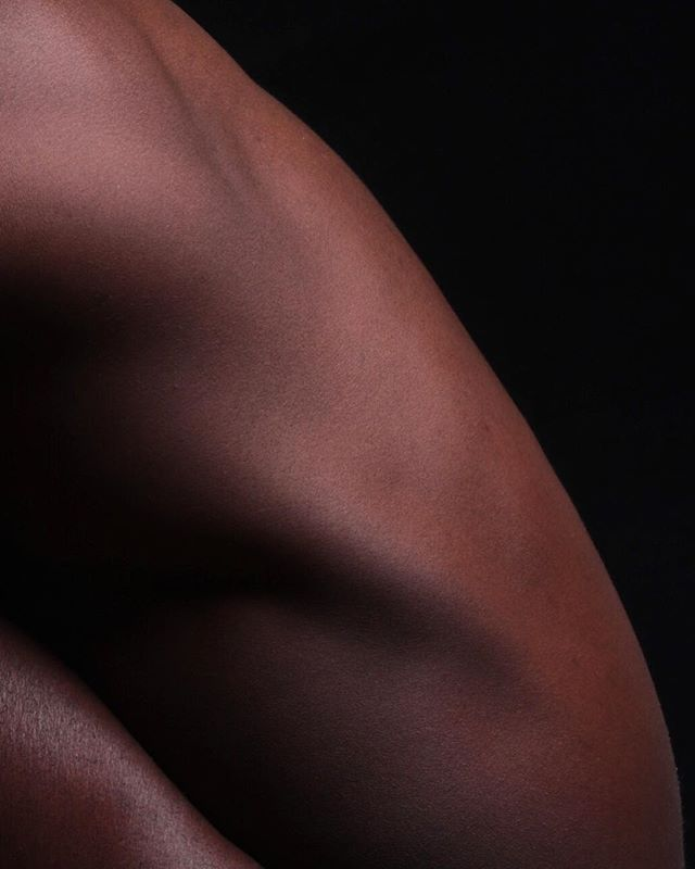 - - - - - - - - - - - #black #blackisbeautiful #mood #body #la #losangeles #body #nude #nudes #skin #human #humanbody #art #abstractart #abstract #gallerywall #minimal #minimalism