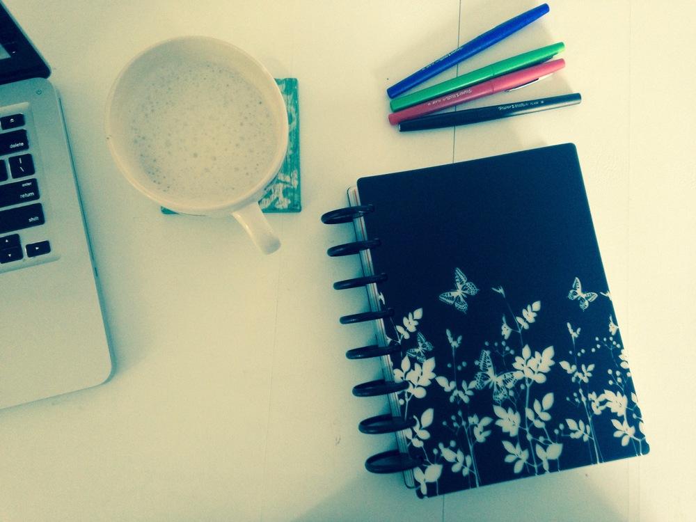 amie-longmire-notebook-pens