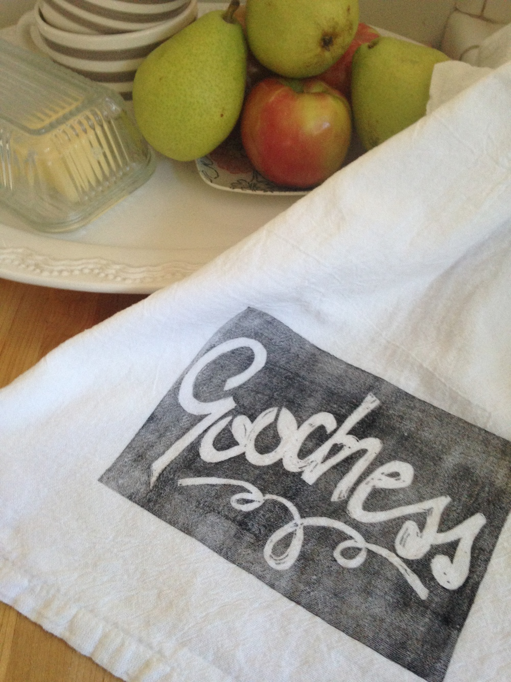 amie-longmire-goodness-tea-towel