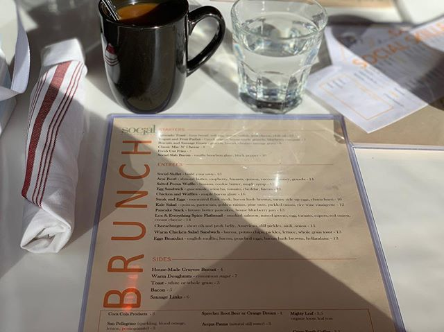 Best way to spend a Sunday #brunch