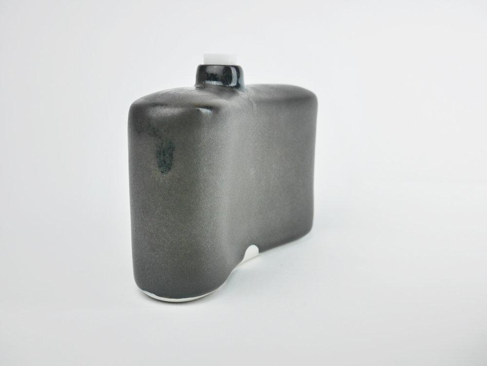 Flask_1_b.jpg