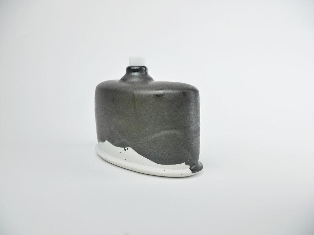 Flask_3_b.jpg