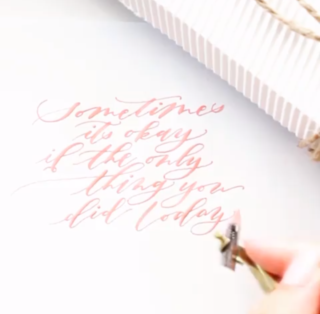 paiges-and-ink-modern-calligraphy-video-pink.PNG