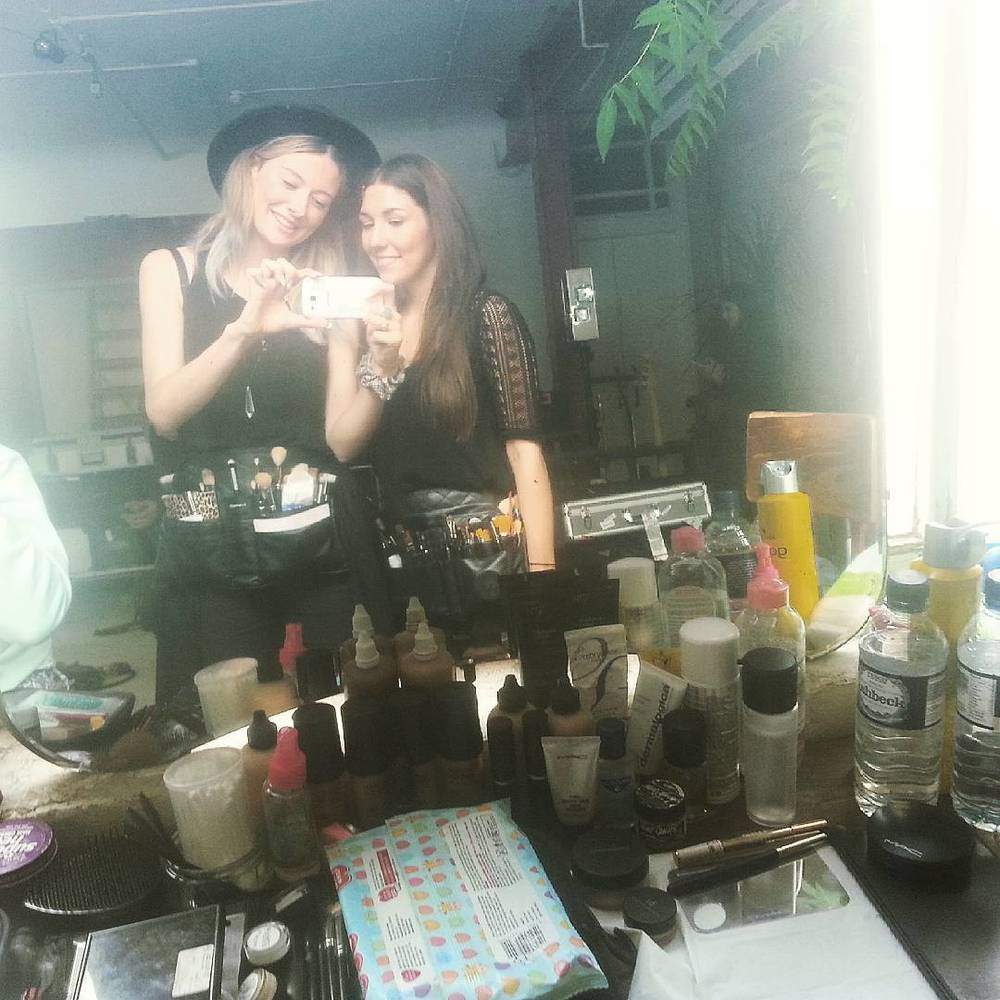 jess-summer89 :     Make-up set up from today with the lovely Sophie #makeup #makeupstation #mac #makeupforever #musicvideo #behindthescenes #makeupartist