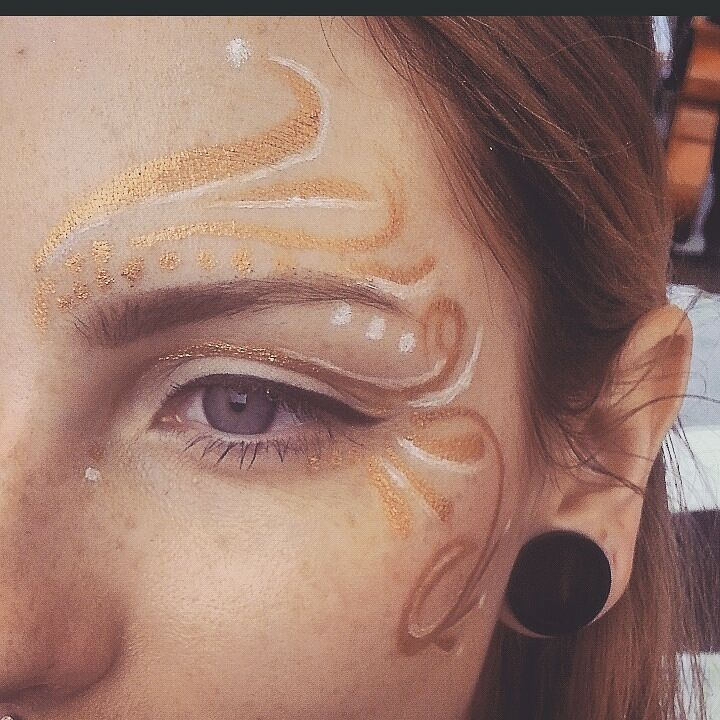 jess-summer89 :     Festival style face painting from last sunday on the lovley @kristianathe using #masquerade pigmemt with mixing medium ♡  #facepaint #festivalmakeup #festival #makeup #festivallook