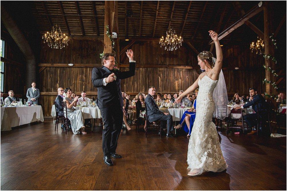 Frosty_Valley_Wedding_Photographer_0368.jpg