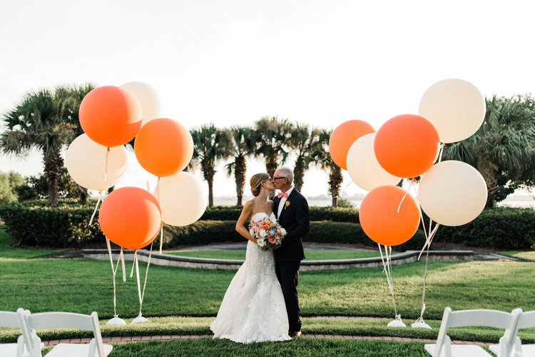 Wedding charleston balloon company corleybrian 517 copyg junglespirit Choice Image