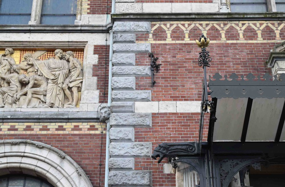 Amsterdam City Centre architecture detail - ©Detail Movement