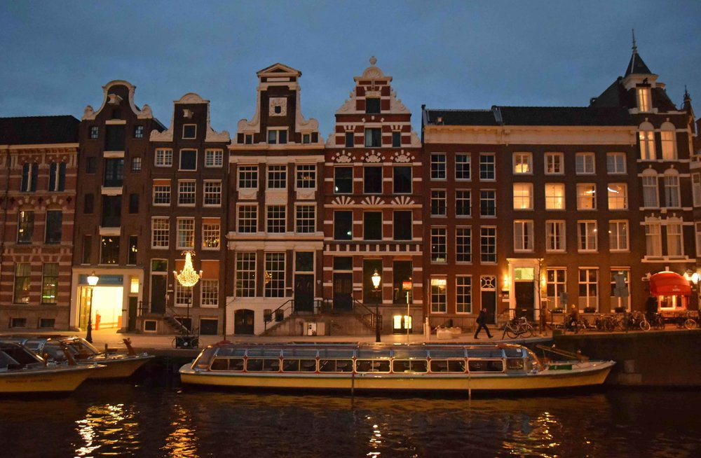 Amsterdam City Centre at night - ©Detail Movement