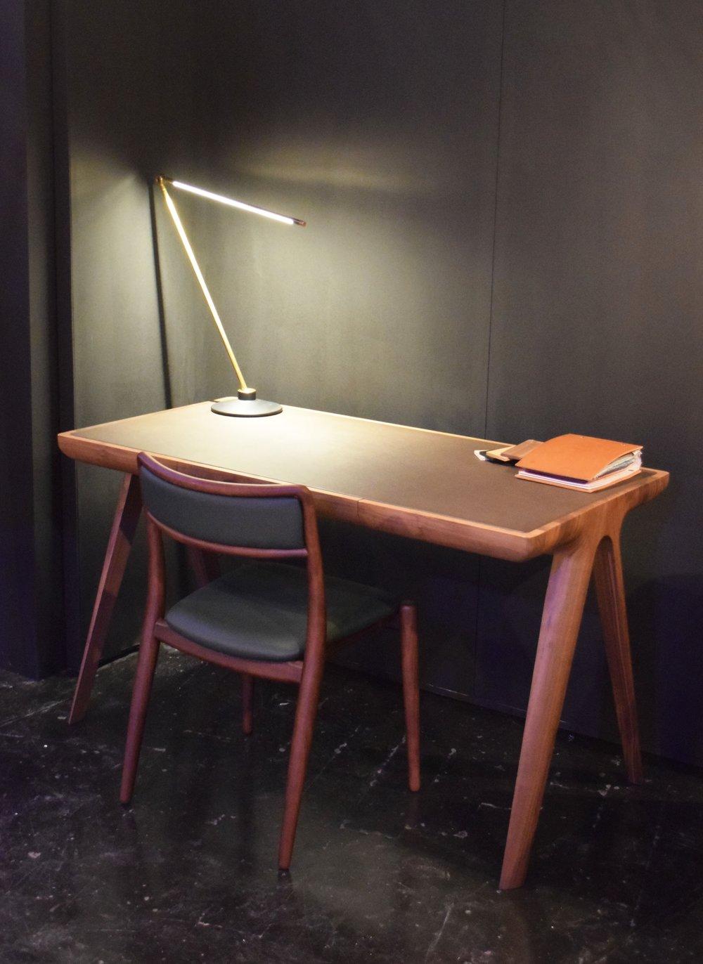 Maya Desk by Dare Studio ©Detail Movement
