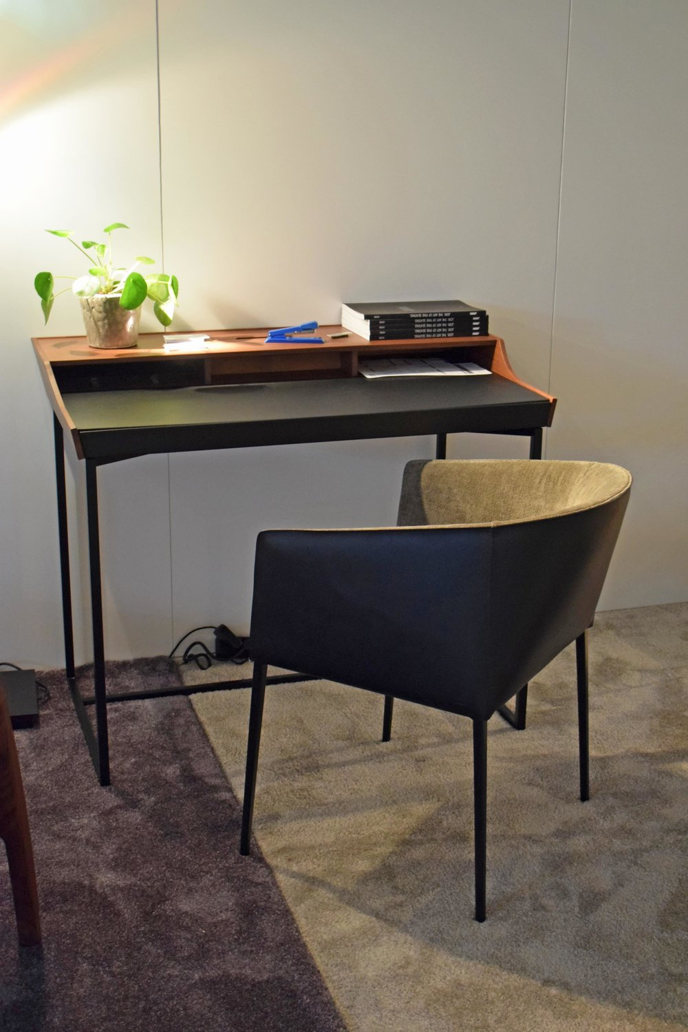 Hortense DeskDesk by Jori  ©Detail Movement