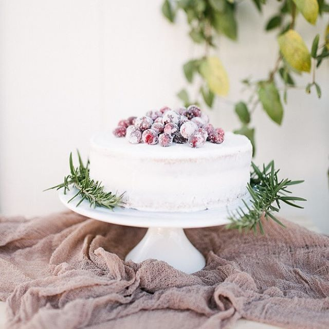 I'm sure we aren't the only ones who have nonstop festivities now until the end of the weekend and I love having a jar of these frosty cranberries for drinks, desserts, or anything else that needs a pop of sparkle and color. Easy recipe in comments below. Photo by @lovedaphnemae from her time mentoring  @kylienoellephotography.